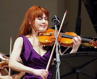 Violin-Shoulder-Rest-Female-violinists